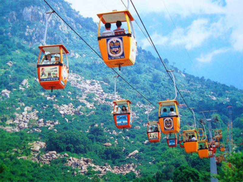 Tour Da Nang le 2-9 gia re