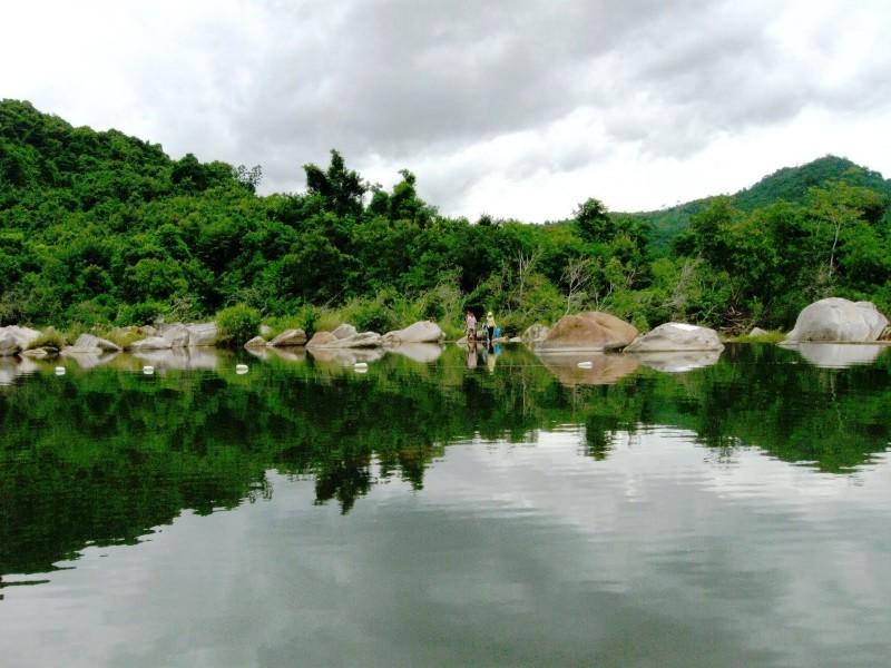 Tour du lich Quy Nhon 3 ngay 2 dem