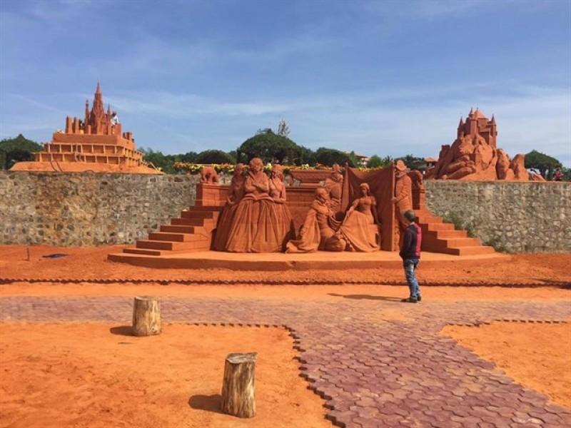 Tour Phan Thiet tham quan cong vien tuong cat