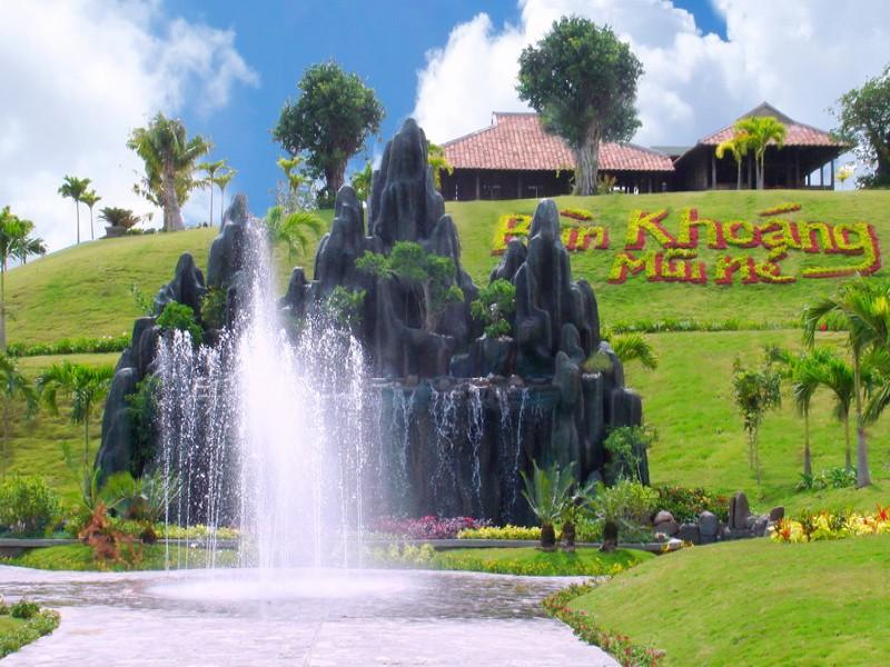 Tour Mui Ne - Bau Sen - Tam bun khoang